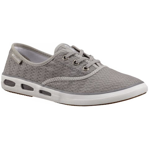 Product image of Columbia Women ' S Vulc N Vent Lace Canvas Ii Shoes - Light Grey / Sea Salt