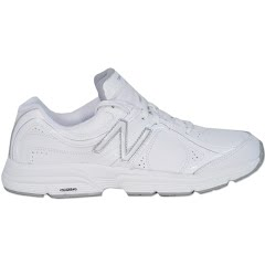 New Balance Women's WX633 Training Shoe Image