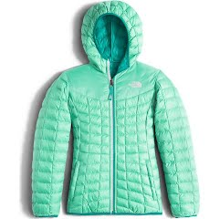 The North Face Girl`s Youth Reversible Thermoball Hoodie Jacket Image
