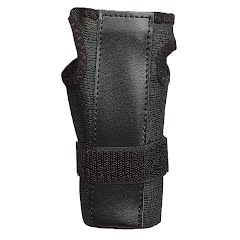 Mueller Wrist Brace with Splint Image