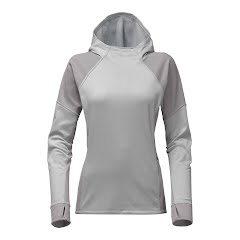 The North Face Women's Versitas Pullover Hoodie Image