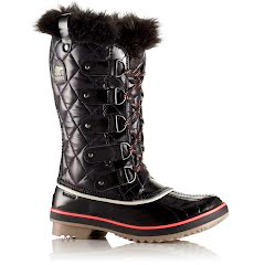 Sorel Women`s Tofino Emboss Quilt Winter Boot Image