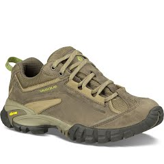 Vasque Women's Mantra 2.0 Hiking Shoes Image
