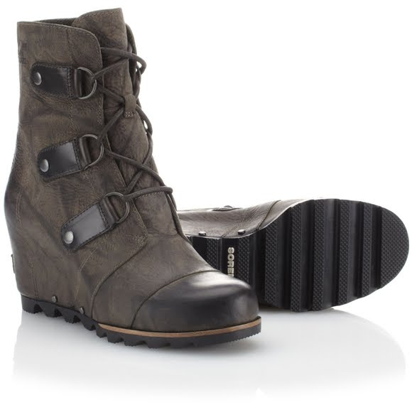a49e5b4055ee Sorel Women s Joan of Arctic Wedge Mid Boot Image