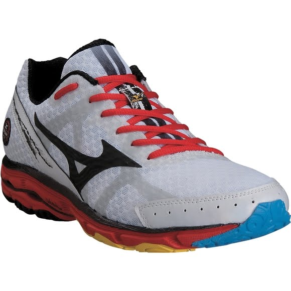 sale retailer 3a233 d88af Mizuno Mens Wave Rider 17 Running Shoes (Wide/2E)