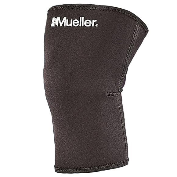 Mueller Closed Patella Knee Sleeve Image