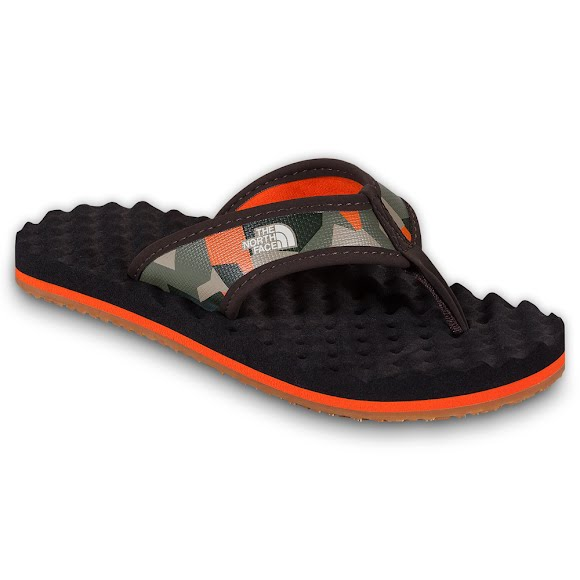 44025224f4c8 The North Face Youth Boys Base Camp Flip Flop Image