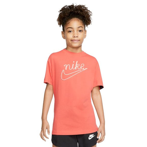 Nike Big Kid's (Girl's) T-Shirt Image